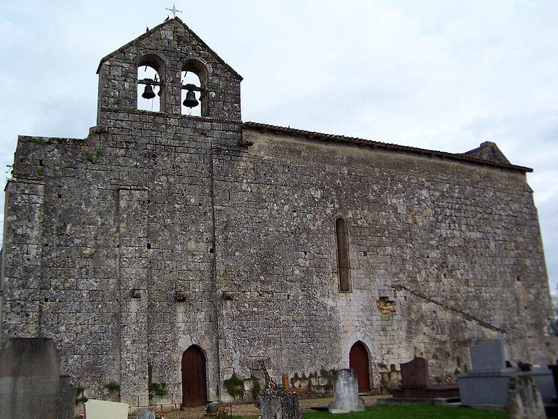 Photo du Monument Historique Eglise Saint-Eutrope et ancien prieuré situé à Bellefond