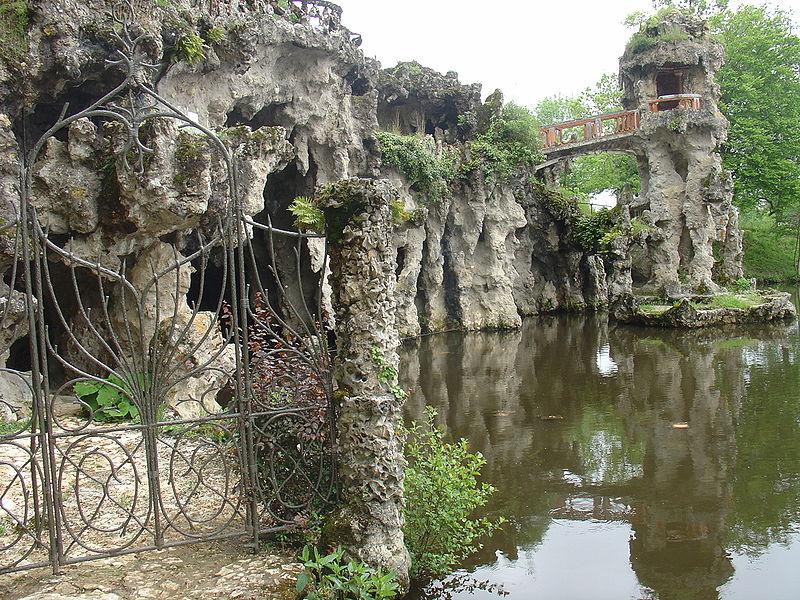 Photo du Monument Historique Parc et Grotte de Majolan situé à Blanquefort