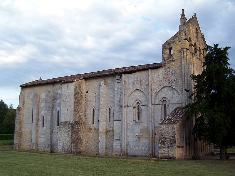 Photo du Monument Historique Ancienne église abbatiale Saint-Maurice, actuelle église Saint-Nicolas situé à Blasimon