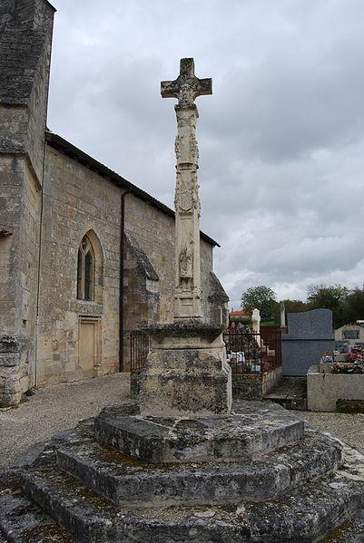 Photo du Monument Historique Croix du cimetière situé à Blésignac