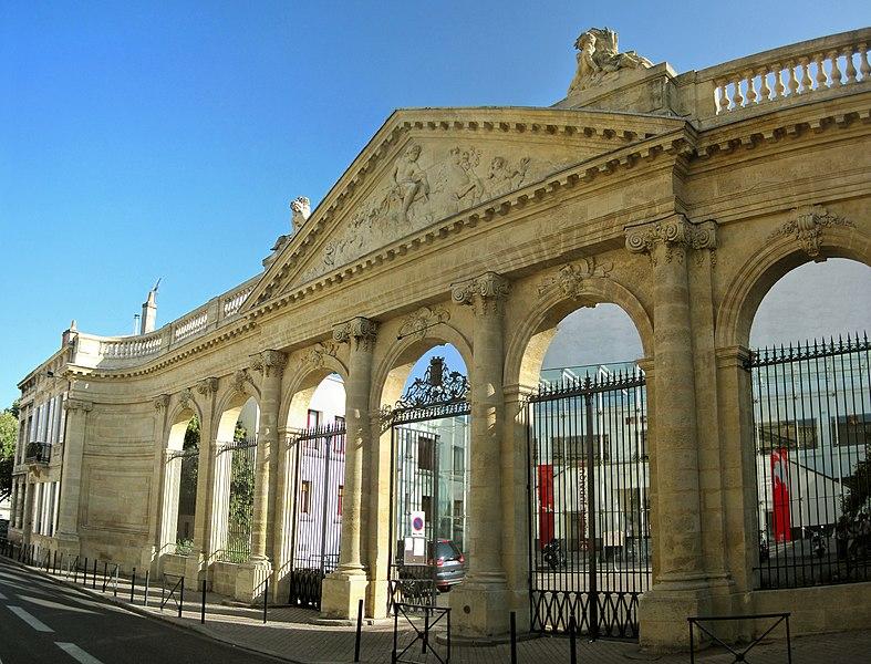 Photo du Monument Historique Ensemble sportif situé à Bordeaux