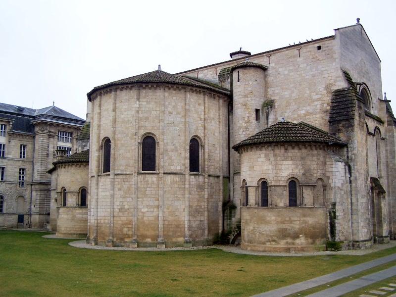 Photo du Monument Historique Eglise Sainte-Croix situé à Bordeaux