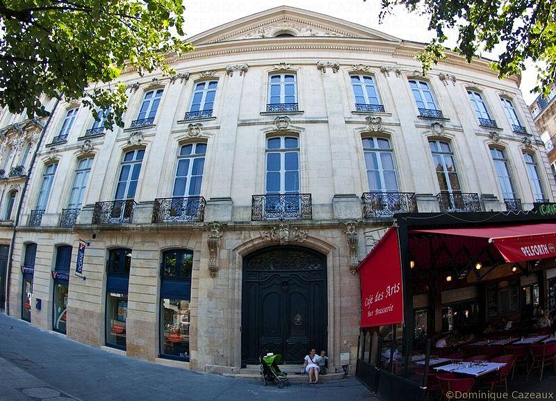 Photo du Monument Historique Hôtel Gradis situé à Bordeaux