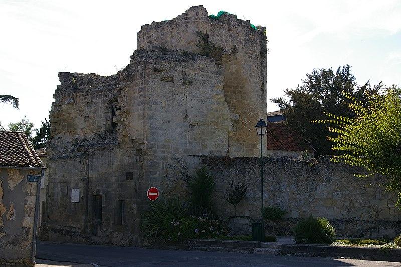 Photo du Monument Historique Porte de Blaye situé à Bourg