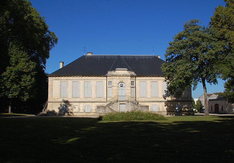 Photo du Monument Historique Château de Treulon situé à Bruges