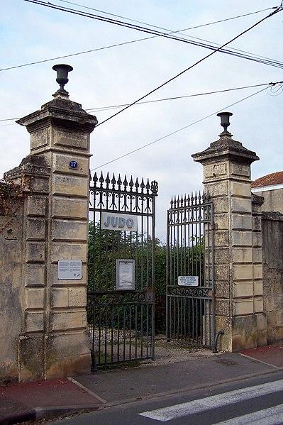 Photo du Monument Historique Ancienne porte du potager des Ducs d'Epernon. situé à Cadillac