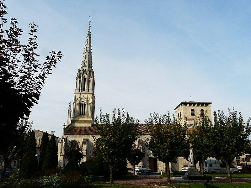Photo du Monument Historique Eglise Saint-Jean Baptiste situé à Coutras