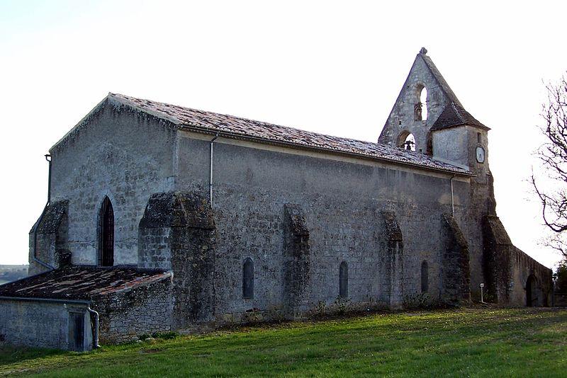 Photo du Monument Historique Eglise Saint-Pierre situé à Dieulivol