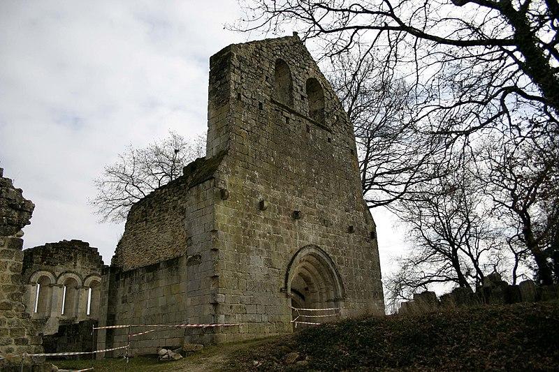 Photo du Monument Historique Vestiges de la commanderie de Sallebruneau situé à Frontenac