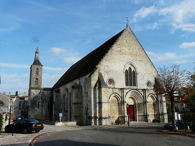 Photo du Monument Historique Eglise Notre-Dame situé à Guîtres