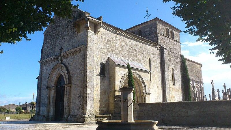 Photo du Monument Historique Eglise Saint-Pierre situé à La Lande-de-Fronsac