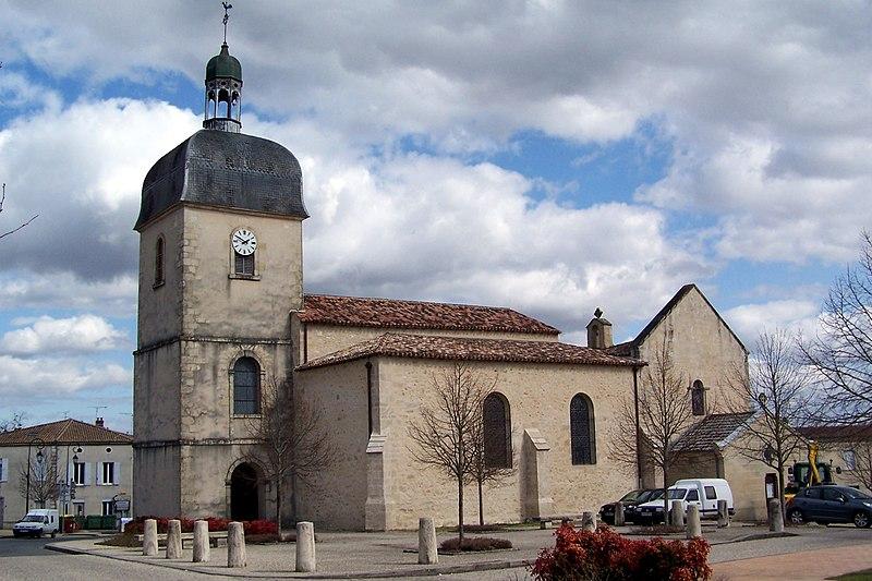 Photo du Monument Historique Eglise Saint-Martin situé à Landiras