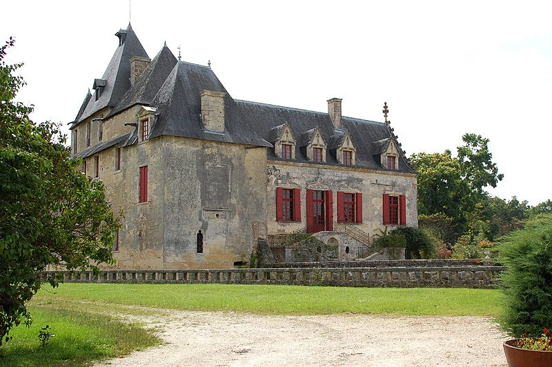 Photo du Monument Historique Château d'Olivier situé à Léognan