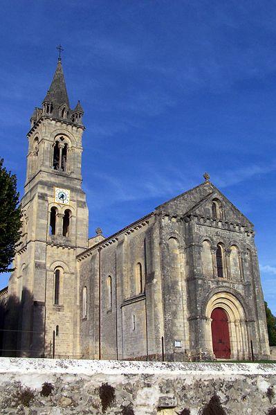 Photo du Monument Historique Eglise paroissiale Saint-Pierre situé à Loupiac