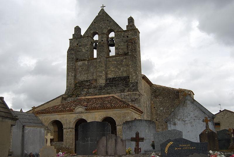 Photo du Monument Historique Eglise Saint-Martin situé à Lugasson