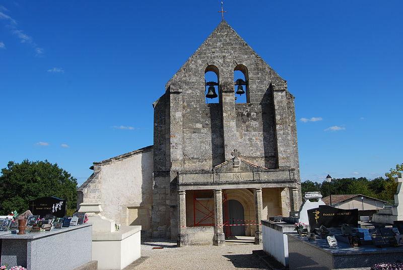 Photo du Monument Historique Eglise Saint-Martin situé à Le Pout