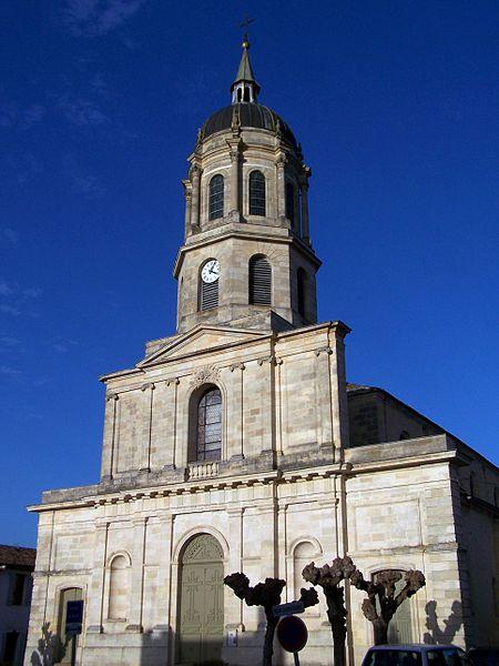 Photo du Monument Historique Eglise Saint-Vincent situé à Preignac