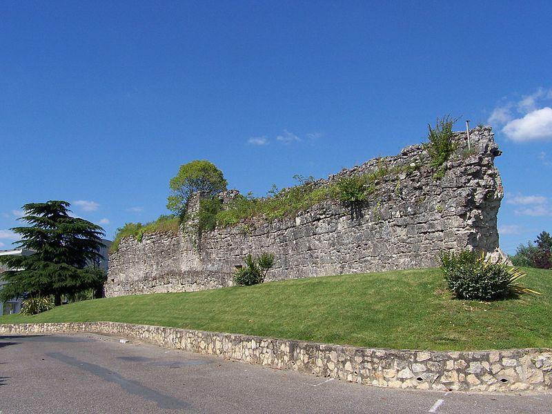 Photo du Monument Historique Vestiges de l'enceinte situé à Réole (La)