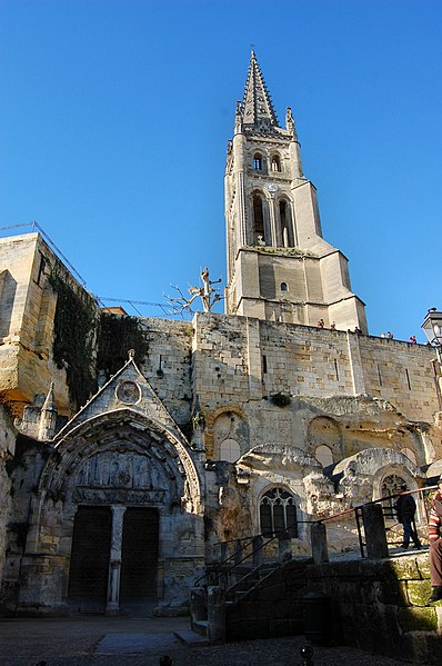 Photo du Monument Historique Eglise souterraine monolithe (ancienne église paroissiale Saint-Emilion) situé à Saint-Emilion