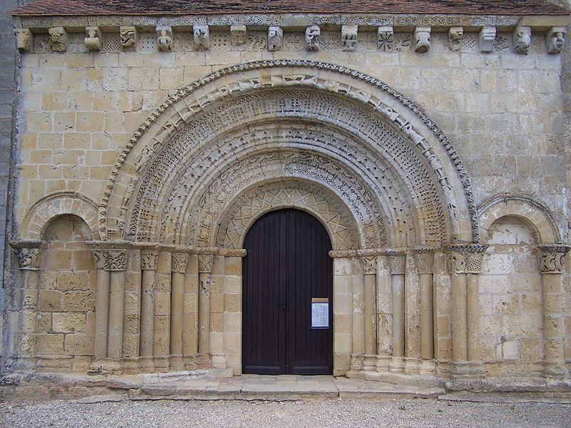 Photo du Monument Historique Eglise prieurale Saint-Martin£ situé à Saint-Martin-de-Sescas
