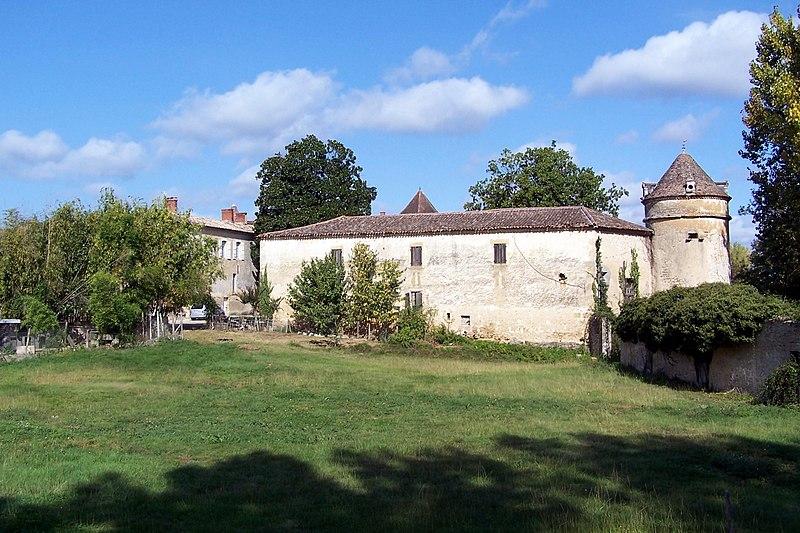 Photo du Monument Historique Château des Jaubertes situé à Saint-Pardon-de-Conques