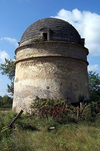 Photo du Monument Historique Pigeonnier du Salin situé à Saint-Pardon-de-Conques