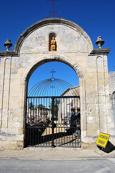 Photo du Monument Historique Cimetière situé à Saint-Romain-la-Virvée