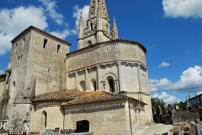 Photo du Monument Historique Eglise Saint-Pierre situé à Salignac