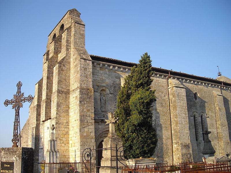 Photo du Monument Historique Eglise Saint-Pierre situé à La Sauve