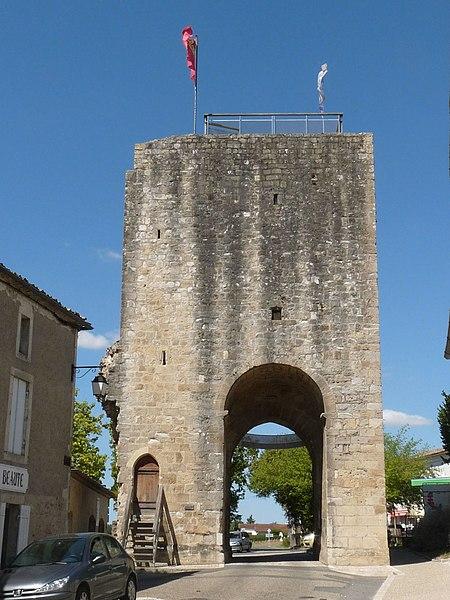 Photo du Monument Historique Anciennes portes de la ville situé à Sauveterre-de-Guyenne