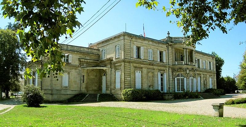Photo du Monument Historique Château de Peixotto situé à Talence