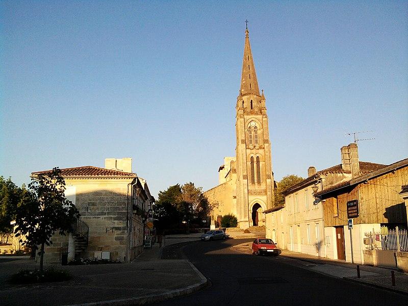 Photo du Monument Historique Eglise Saint-Pierre situé à Tresses