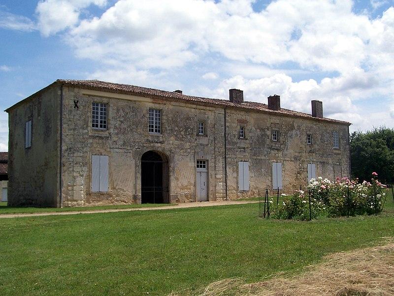 Photo du Monument Historique Ancienne abbaye de Fontguilhem situé à Masseilles