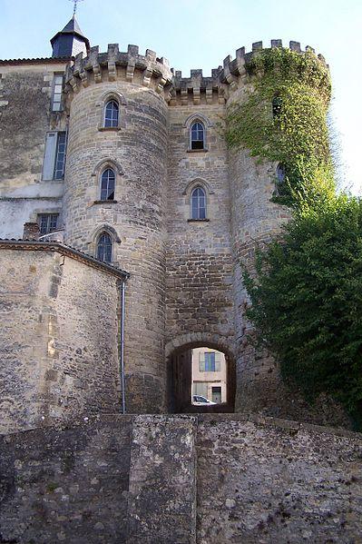 Photo du Monument Historique Enceinte fortifiée situé à Bazas