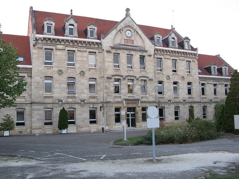 Photo du Monument Historique Centre hospitalier spécialisé Charles Perrens situé à Bordeaux