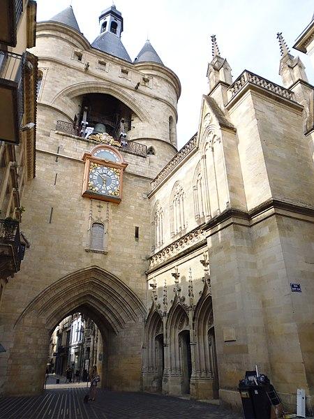 Photo du Monument Historique Tour du Greffe, dite aussi tour du Châtelet de la Porte-Saint-Eloi situé à Bordeaux