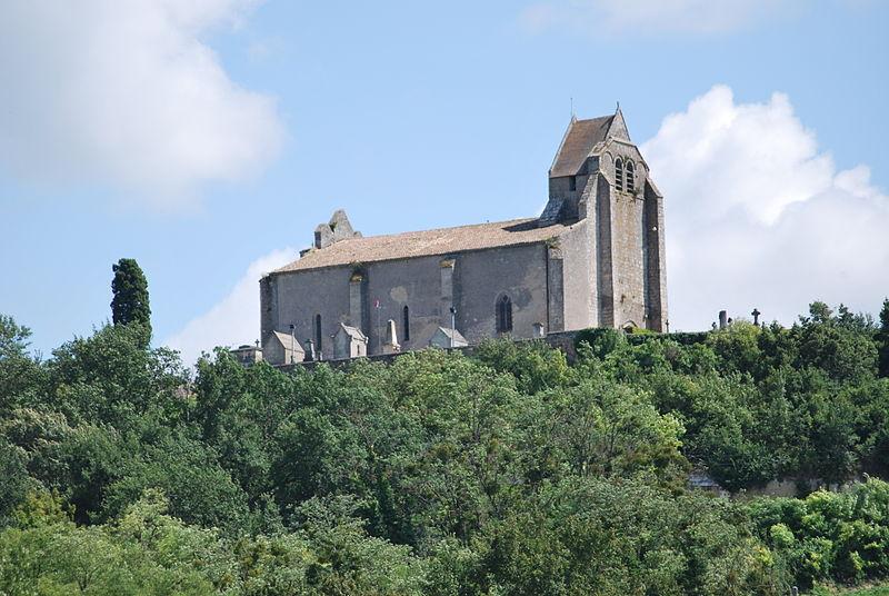 Photo du Monument Historique Eglise Saint-Pierre et vestiges du prieuré situé à Saint-Pey-de-Castets
