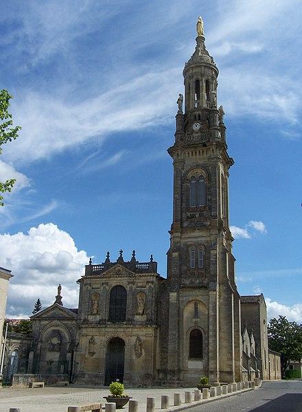 Photo du Monument Historique Site de pèlerinage de Verdelais : Basilique Notre-Dame situé à Verdelais