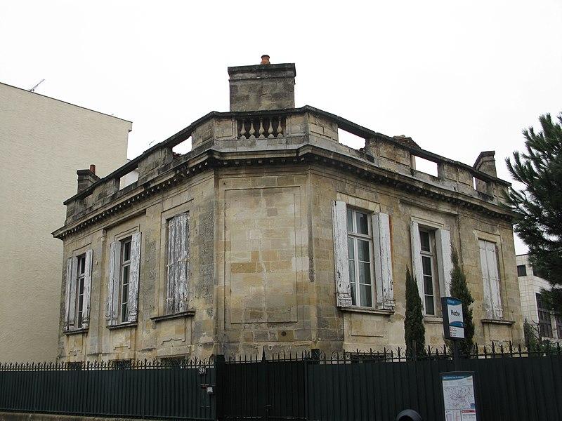 Photo du Monument Historique Maison connue sous le nom de Bourdieu de la Jalle situé à Bordeaux
