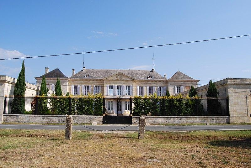 Photo du Monument Historique Château Peyronnet situé à Saint-Louis-de-Montferrand