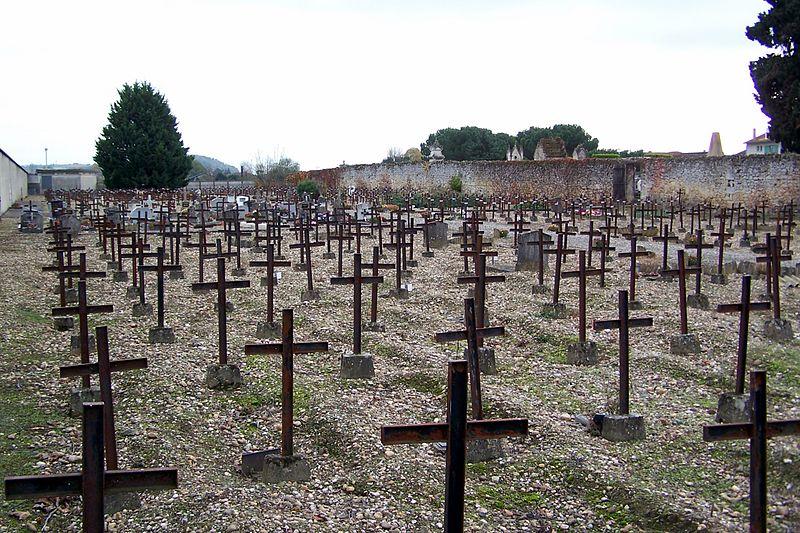"""Photo du Monument Historique Cimetière dit """" cimetière des Oubliés """" situé à Cadillac"""