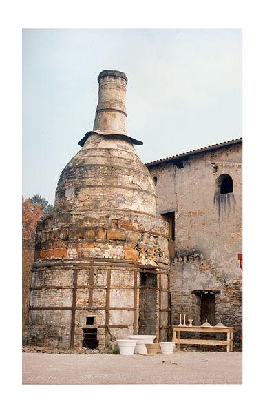 """Photo du Monument Historique Fours """" bouteille """" situé à Gradignan"""