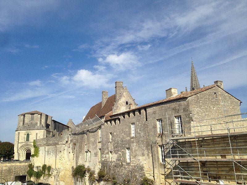 Photo du Monument Historique Logis de Malet situé à Saint-Emilion