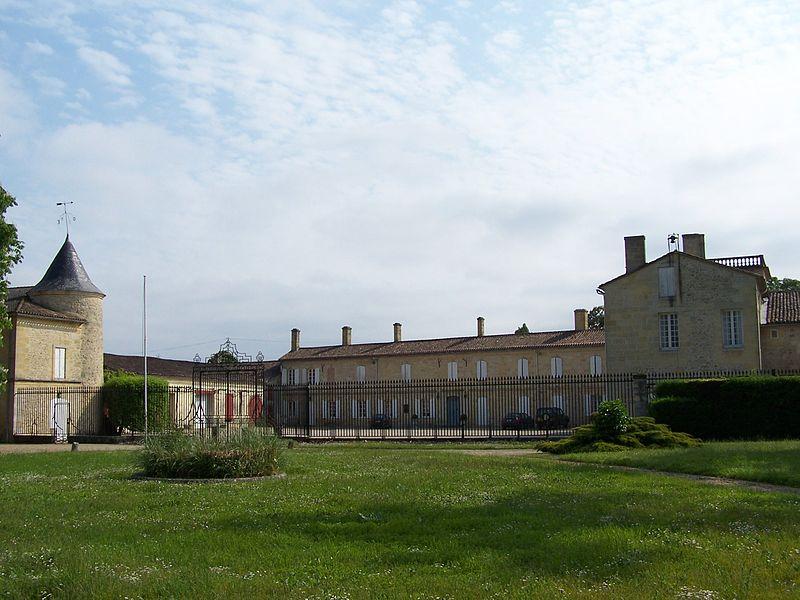 Photo du Monument Historique Château de Portets situé à Portets