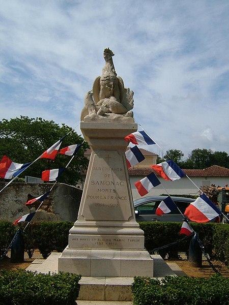 Photo du Monument Historique Monument aux morts de la guerre de 1914-1918 situé à Samonac