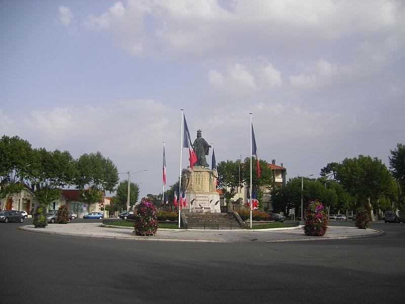 Photo du Monument Historique Monument aux Morts de la guerre 14-18 situé à Arcachon
