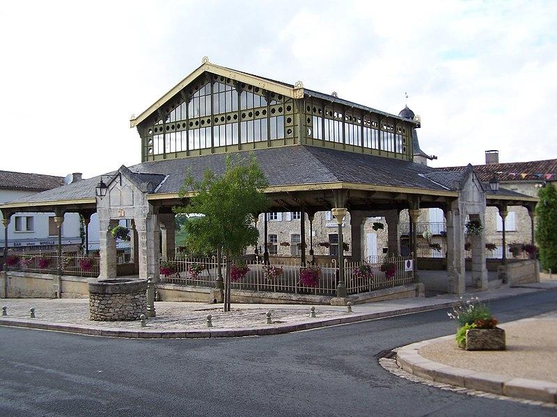 Photo du Monument Historique Halle situé à Pellegrue
