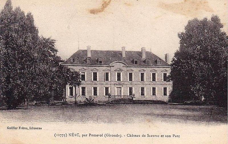 Photo du Monument Historique Château de Siaurac situé à Néac