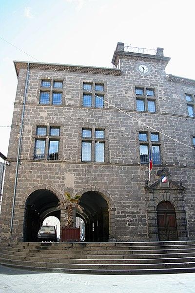 Photo du Monument Historique Ancien hôtel de ville situé à Agde