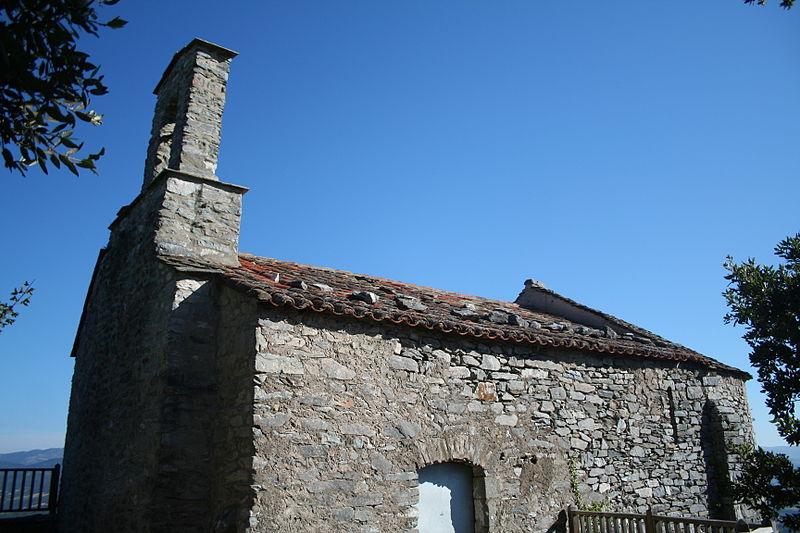"""Photo du Monument Historique Ensemble castral dit """"castellas"""" Saint-Michel de Mourcairol situé à Les Aires"""